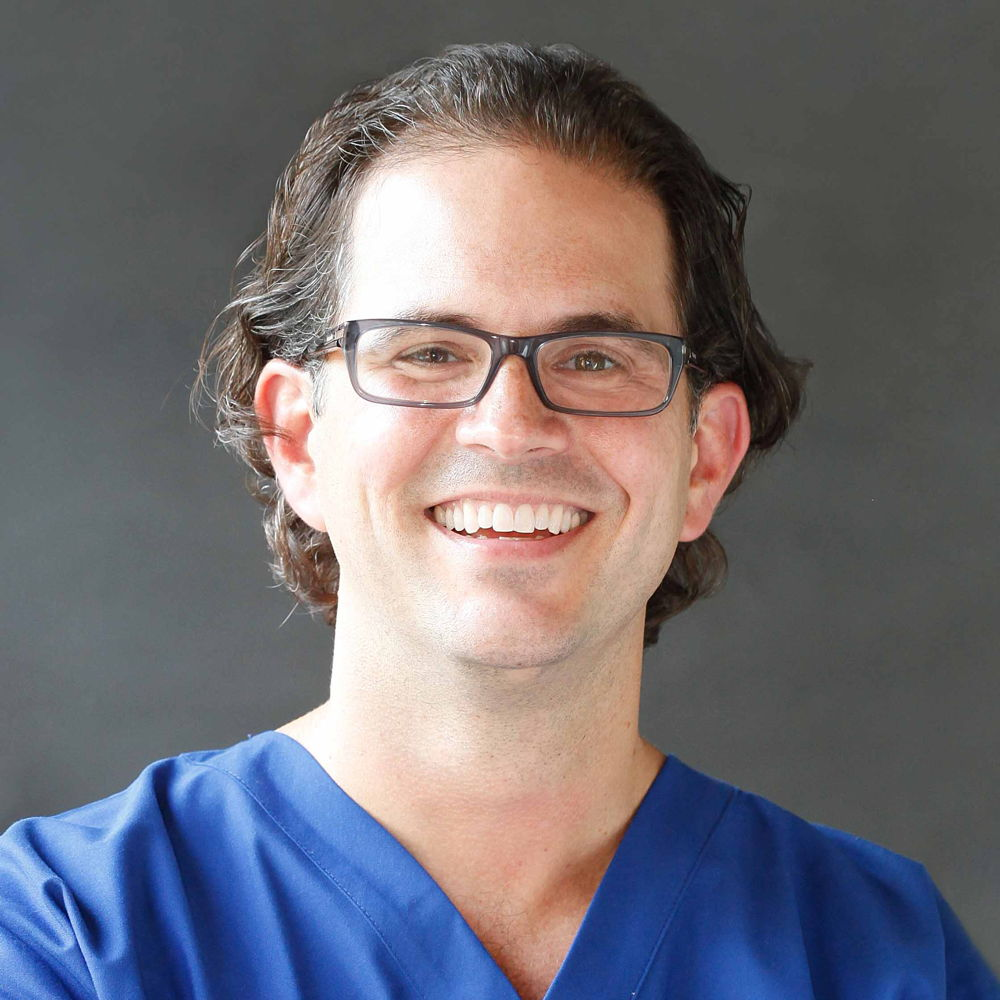 Dr. Aaron  Cernero DO