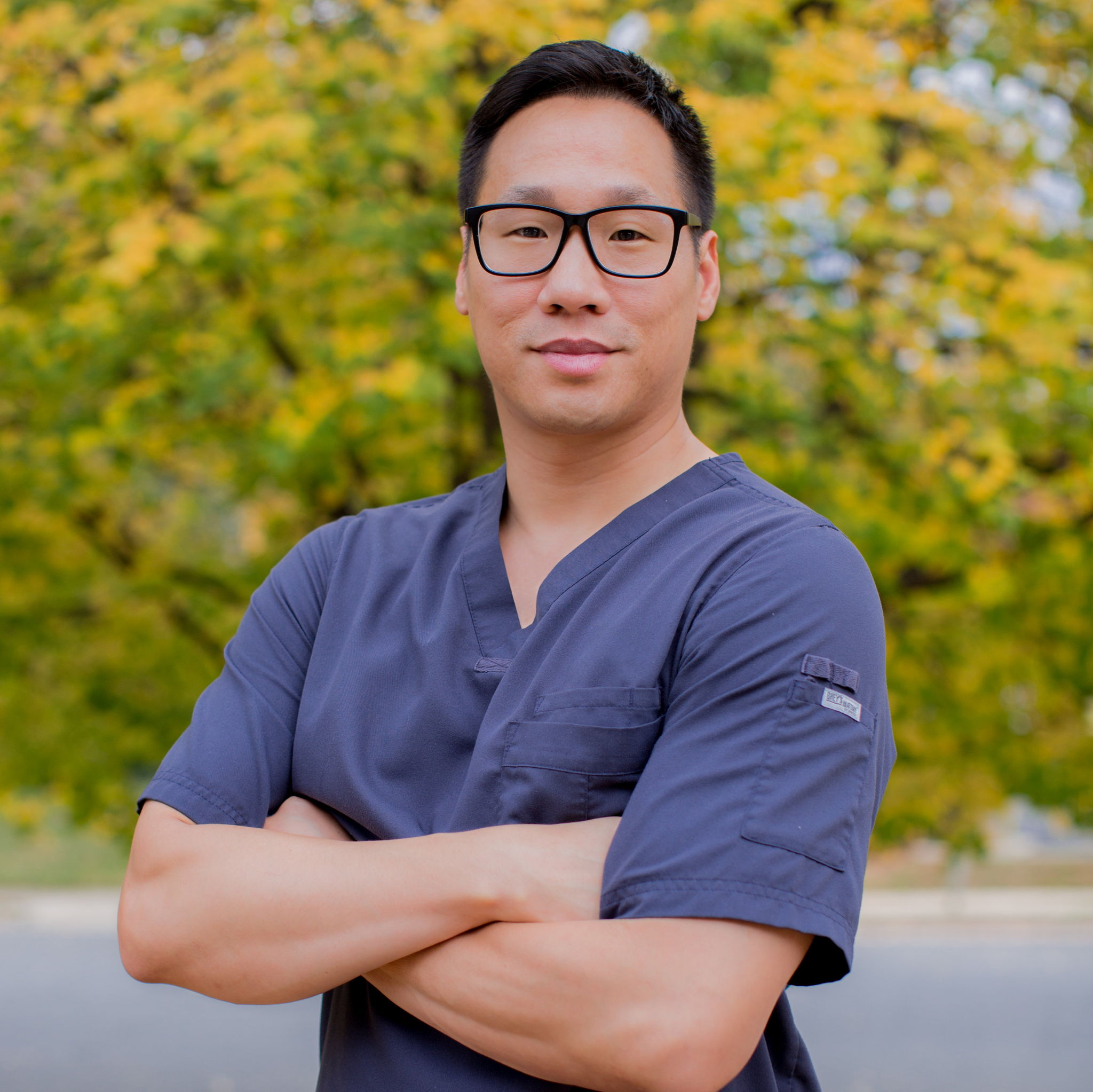 Dr. Gregory K. Lee D.C., Chiropractor