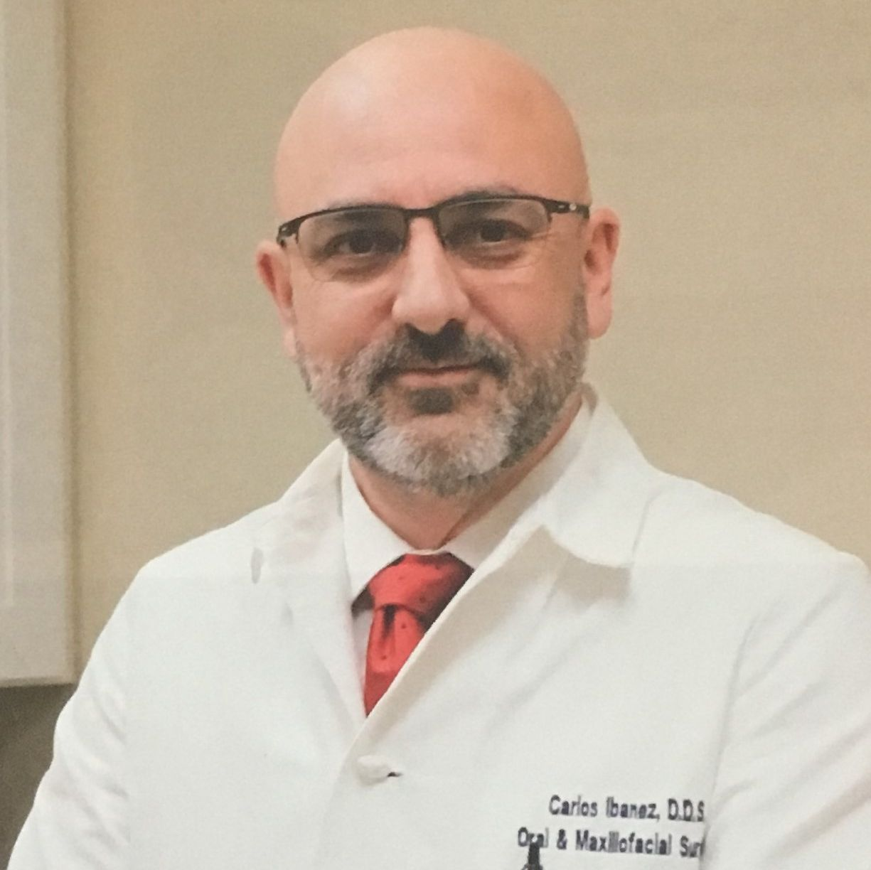 Carlos Ibanez, Oral and Maxillofacial Surgeon