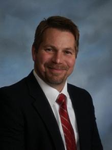 Dr. Michael Edward Isabelle  MD