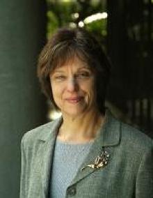 Elizabeth  Kanwit  M.D.