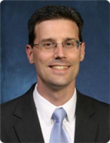Daniel W Mudrick  MD
