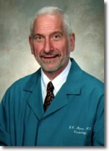 Dr. Stephen C Manus  MD