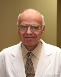 Dr. Robert Chase Wright MD
