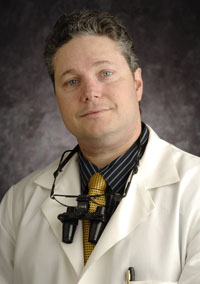 Dr. David B. Greenberg DMD, Dentist