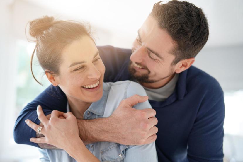 11 Amazing Health and Emotional Benefits of Cuddling