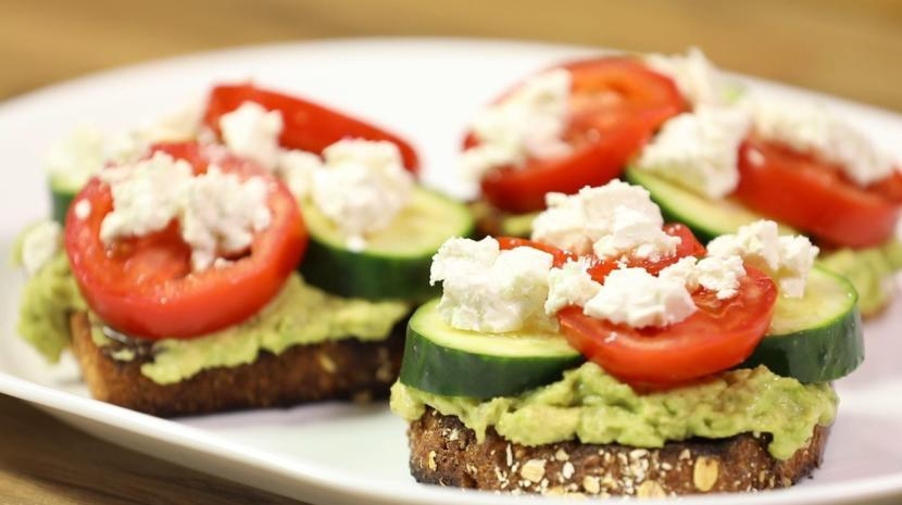 What is Avocado Toast Recipe? How many Calories are in Avocado Toast?