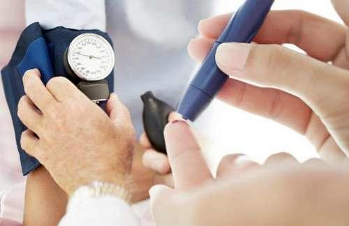 pregnancy related diabetes and high blood pressure may warn you of